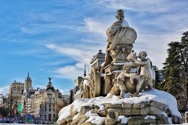 Cibeles y Gran Vía desde Alcalá. Madrid.