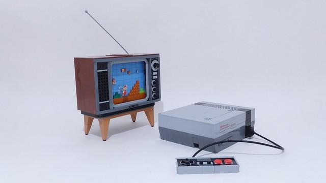 Nintendo Entertainment System (Lego) 3