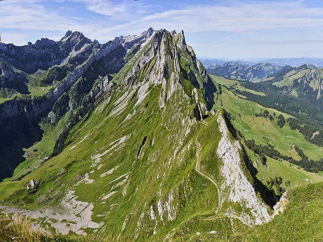 From the Schäflerhütte to the Säntis summit