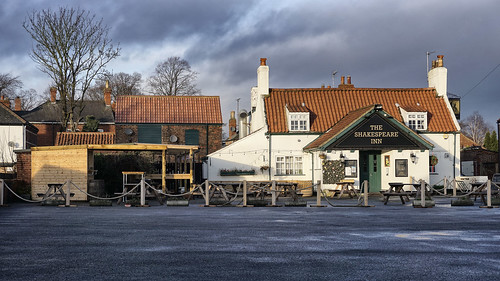 Shakespeare Inn moody sky | by Ray Duffill
