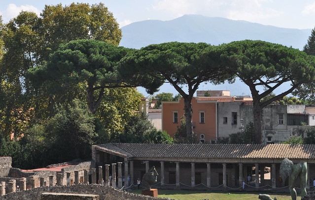 Quadriportique puis caserne des gladiateurs, Pompéi, Campanie, Italie.