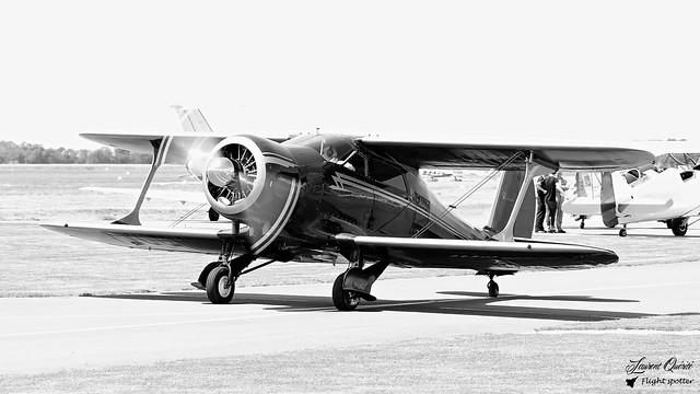 F-GUZZ / 4823 - Beech D17S Staggerwing