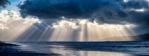 sunset waikanaebeach panorama duskwalk stormclouds crepuscularrays fantasticnature