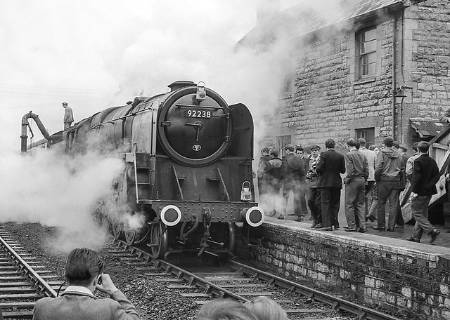 92238. Evercreech Jnction with WRS special. 12 June 1965