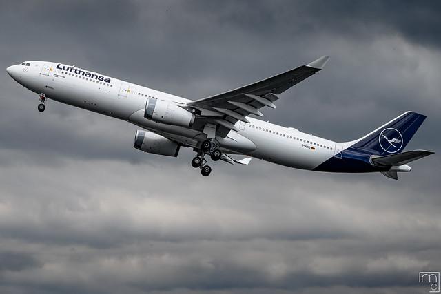 Lufthansa - Airbus A330-343 / D-AIKO @ Manila