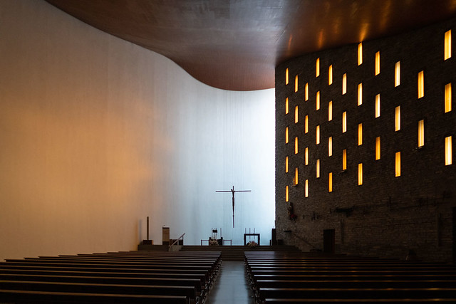 Miguel Fisac. Iglesia de Nuestra Señora de la Coronación #3