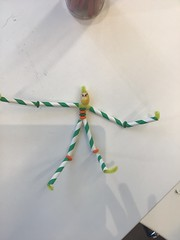 Pipecleaner people craft, Tūranga