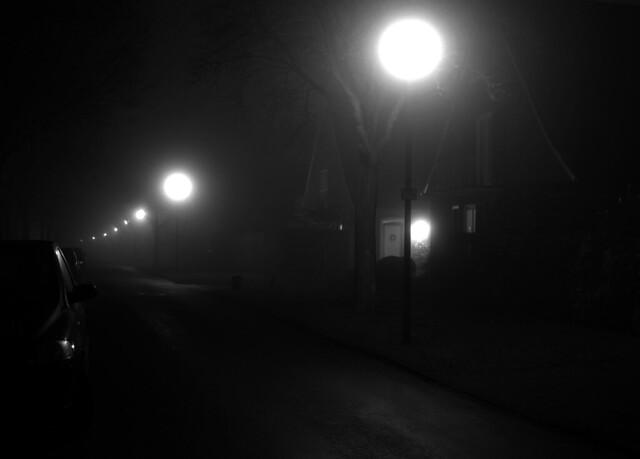 Probsteistraße im Nebel sw