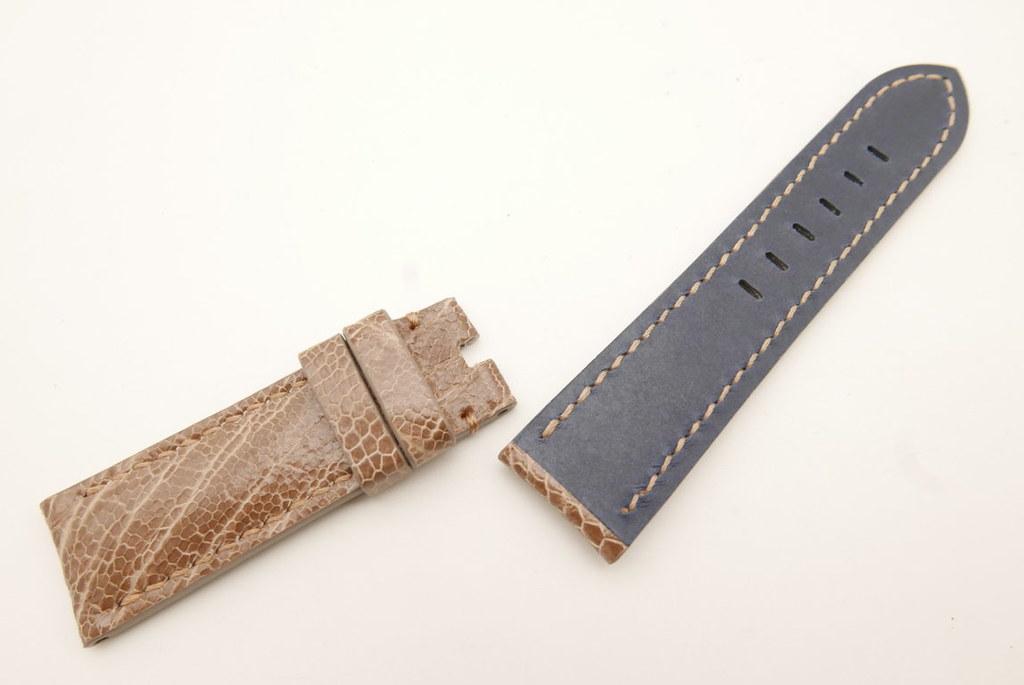 P1740878 (FILEminimizer)   by Ziczac Leather