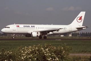 TC-OAC Schiphol 14-6-2005