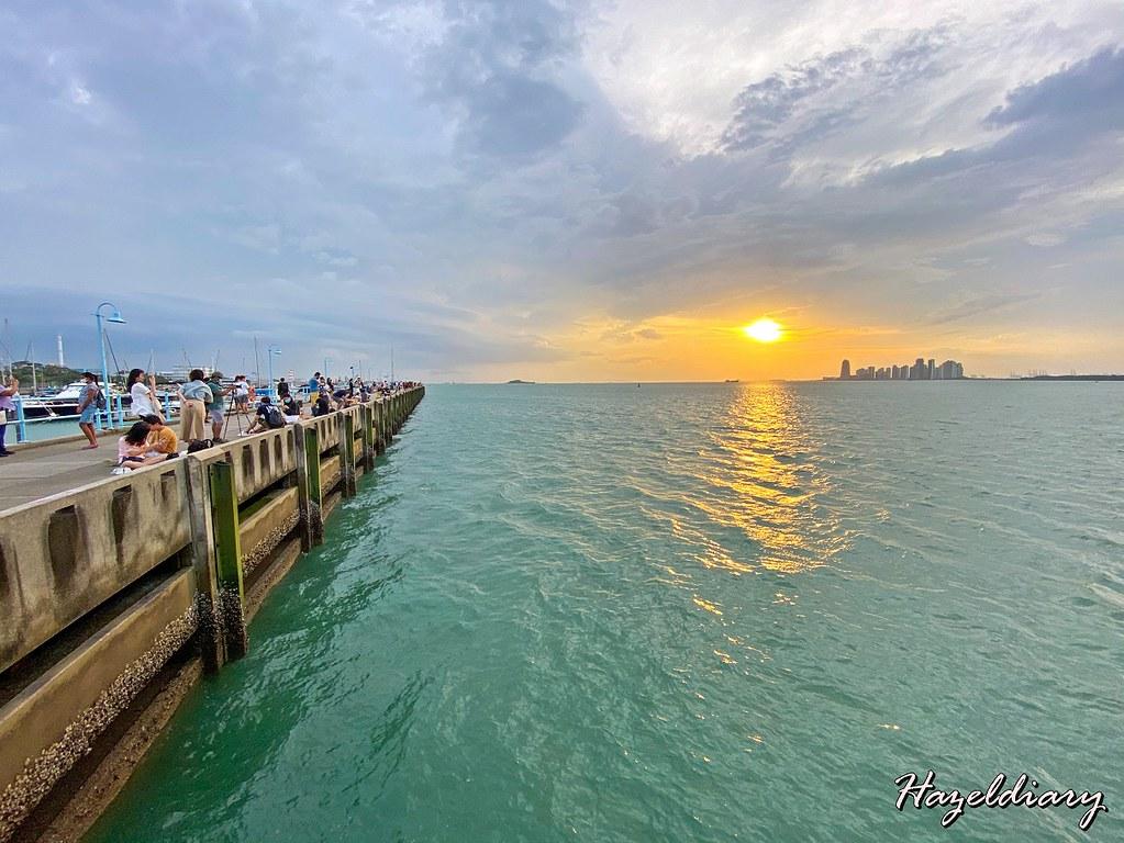 Raffles Marina Lighthouse Singapore-Sunset
