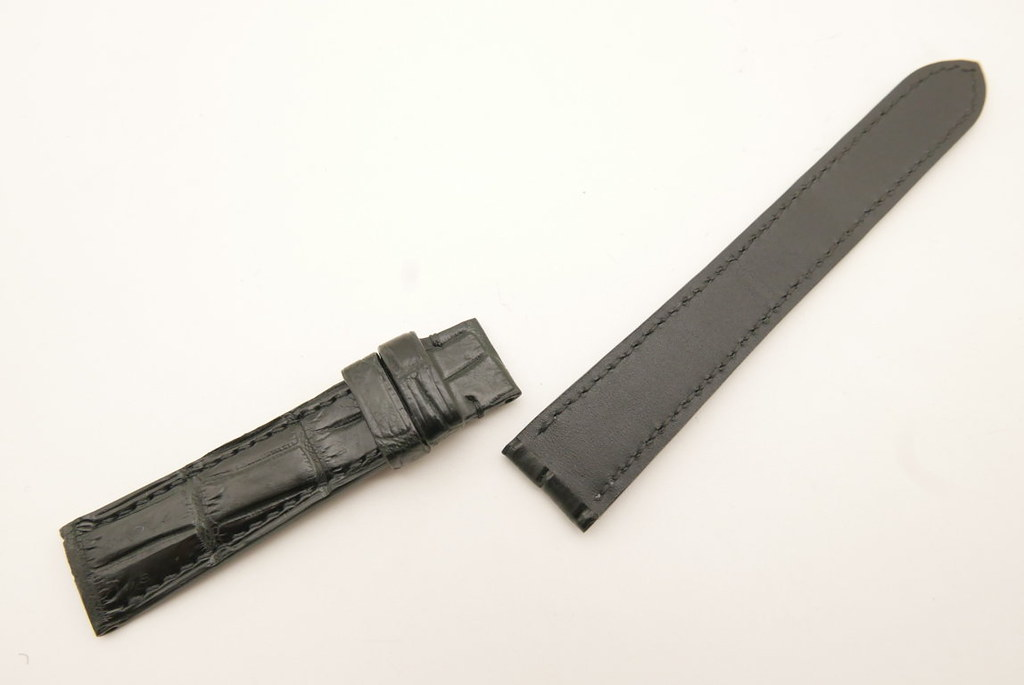 P1740744 (FILEminimizer)   by Ziczac Leather