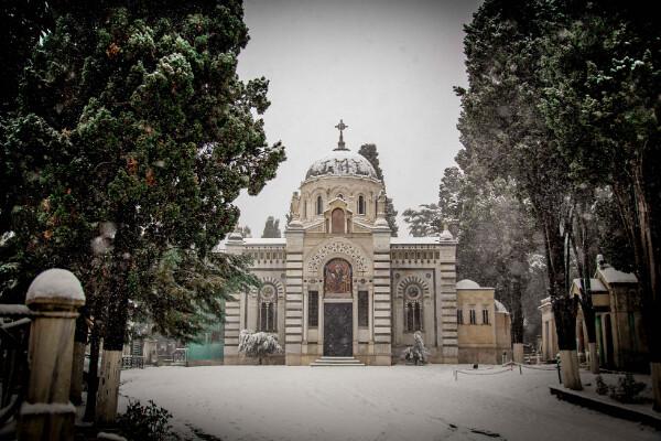 Το Κοιμητήριο Σισλί χιονισμένο (17 Ιαν, 2021)