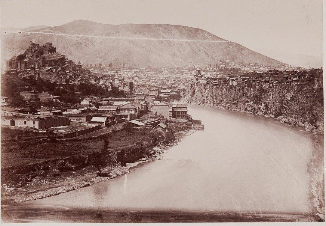 Панорама города. 1890-е