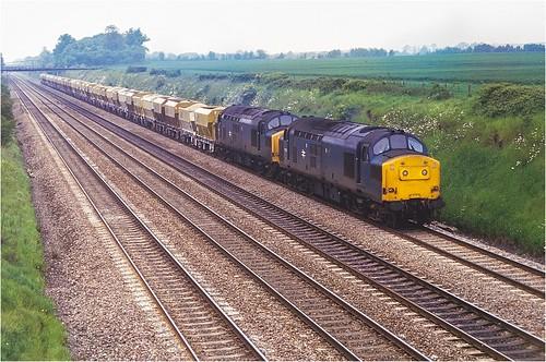 walthamstlawrence berkshire br class37 whatleyquarryacton stone freight 1987