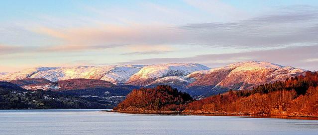 The middle part of the Osterfjord from Krossneset at Fjellskålnes