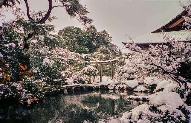 Konchi-in (金地院) snow garden