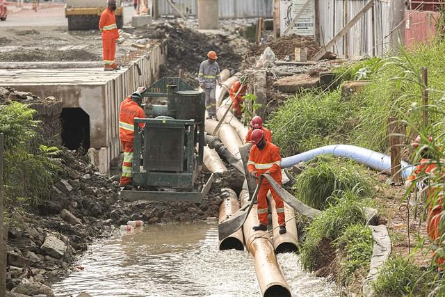 (2021.01.18) Canalização do Rio Paim
