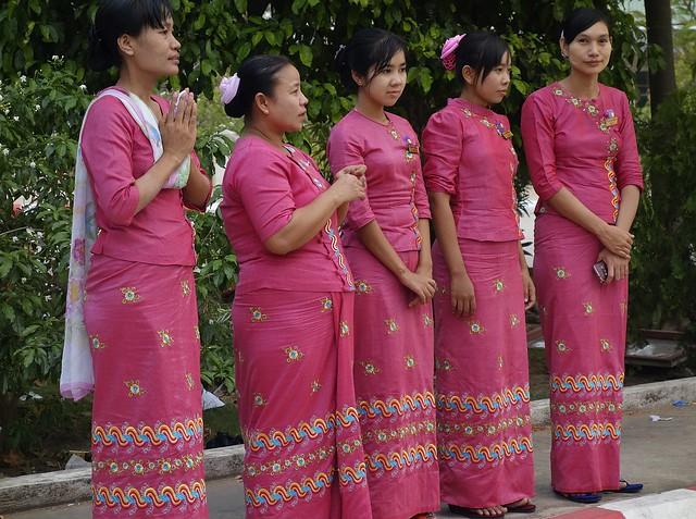 MYANMAR ,burma - Naypyidaw /Hauptstadt, rund um die Friedenspagode-Uppatasanti-Pagode,  eine Landeshauptstadt ohne Touristen , 78143