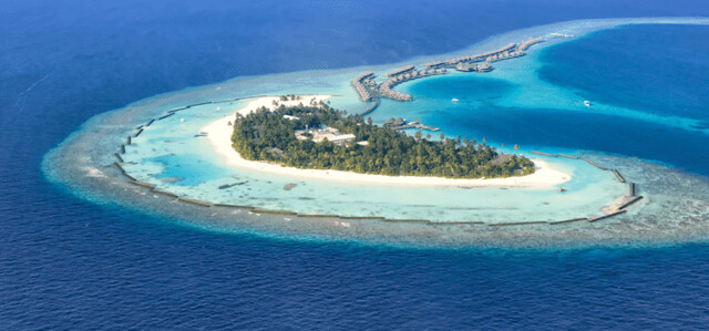 Book-flights-to-maldives-from-Delhi