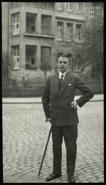 ArchivTappen2AAl2d516 Kommilitone, Portrait, Fotoalbum, 1900-1930er