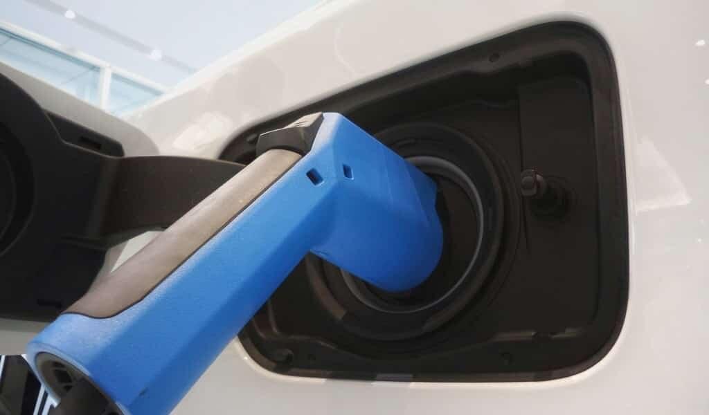 chauffer-des-batteries-au-lithium-les-rend-plus-efficaces