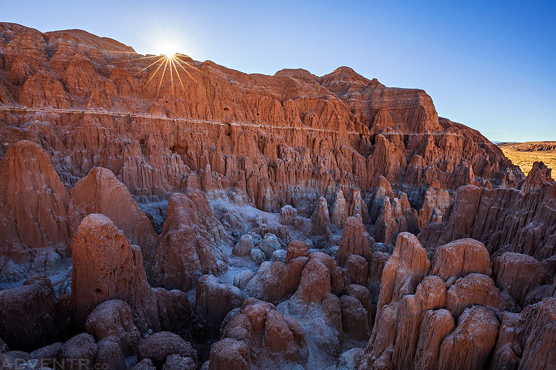 Cathedral Gorge Sunstar