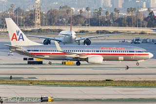N909NN Boeing 737-800 American Airlines Los Angeles Airport KLAX 25.01-17