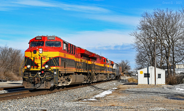 Southbound Manifest in Grandview, MO