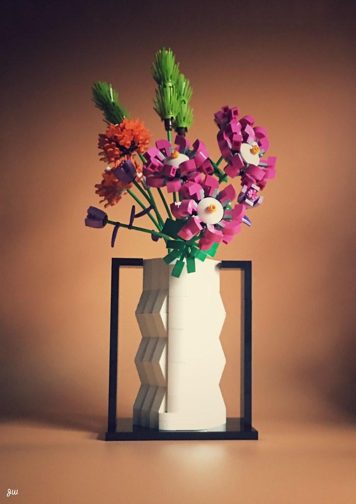 Lego vase for Lego bouquet