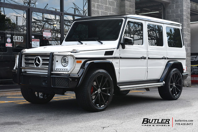 Mercedes G550 with 22in Mandrus Wolf Wheels and Toyo Proxes ST Tires