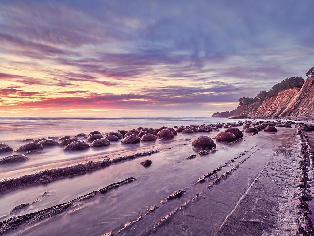 Bowling Ball Beach [+1] 50850899192_dd352595da_b