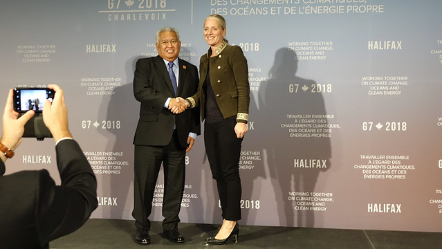 Gerald Zackios of the Marshall Islands and Catherine McKenna of Canada