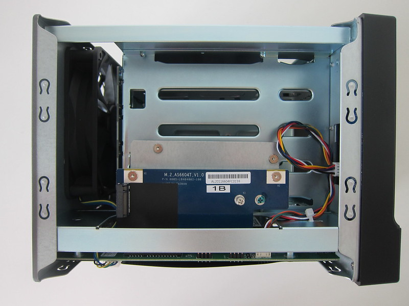 ASUSTOR AS6604T - Without Cover - Top