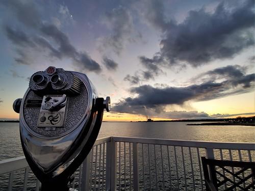 74 norwalkct madeinnorwalk longislandsound sky sunset winter calfpasturebeachnorwalkct toweropticalconorwalkct coinoperated