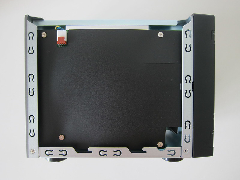 ASUSTOR AS6604T - Without Cover - Left