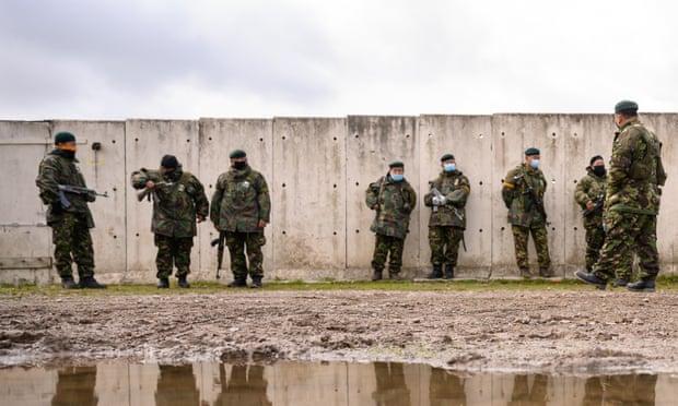 英國為2/3國家提供軍事訓練,包括沙烏地阿拉伯等人權堪慮國家。(圖片來源:Leon Neal/Getty Images)