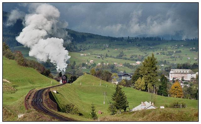 1999-0412 - L 3535, between Rakhov & Vorokhta, Ukraine.