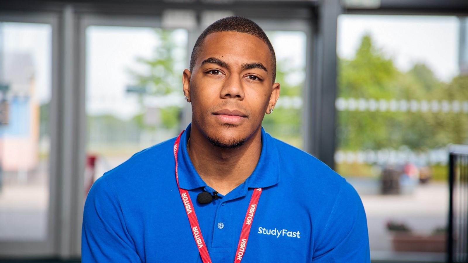 Headshot of Jordan Harry