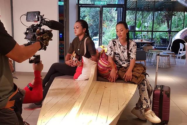 Hos Sumandak Duo... Jasper Supayah dan Ixora Roselle