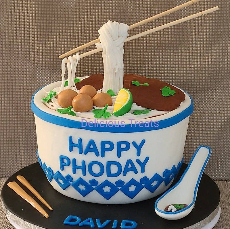 Cake by Delicious Treats