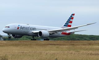 American Airlines Boeing 787-8 Dreamliner N800AN