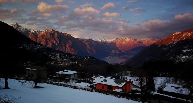 2021 1 19 Alta Valle Intelvi Località Pellio, tramonto sulla conca di Porlezza