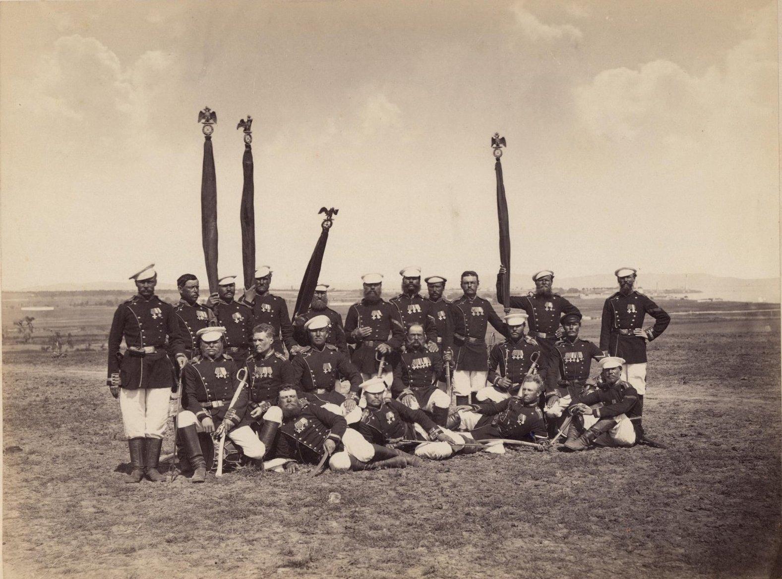 Группа егерей, снята близ Константинополя, на бивуаке у Ай-Мама. Насветович А.А. 1877-1878 гг.