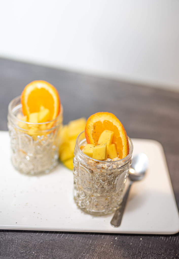 Mango-appelsiinituorepuuro