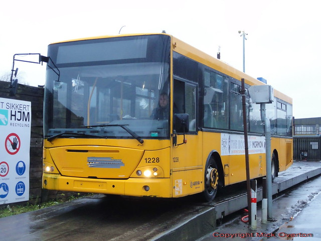 2005 VDL Jonckheere Transit 1228 is weighed in