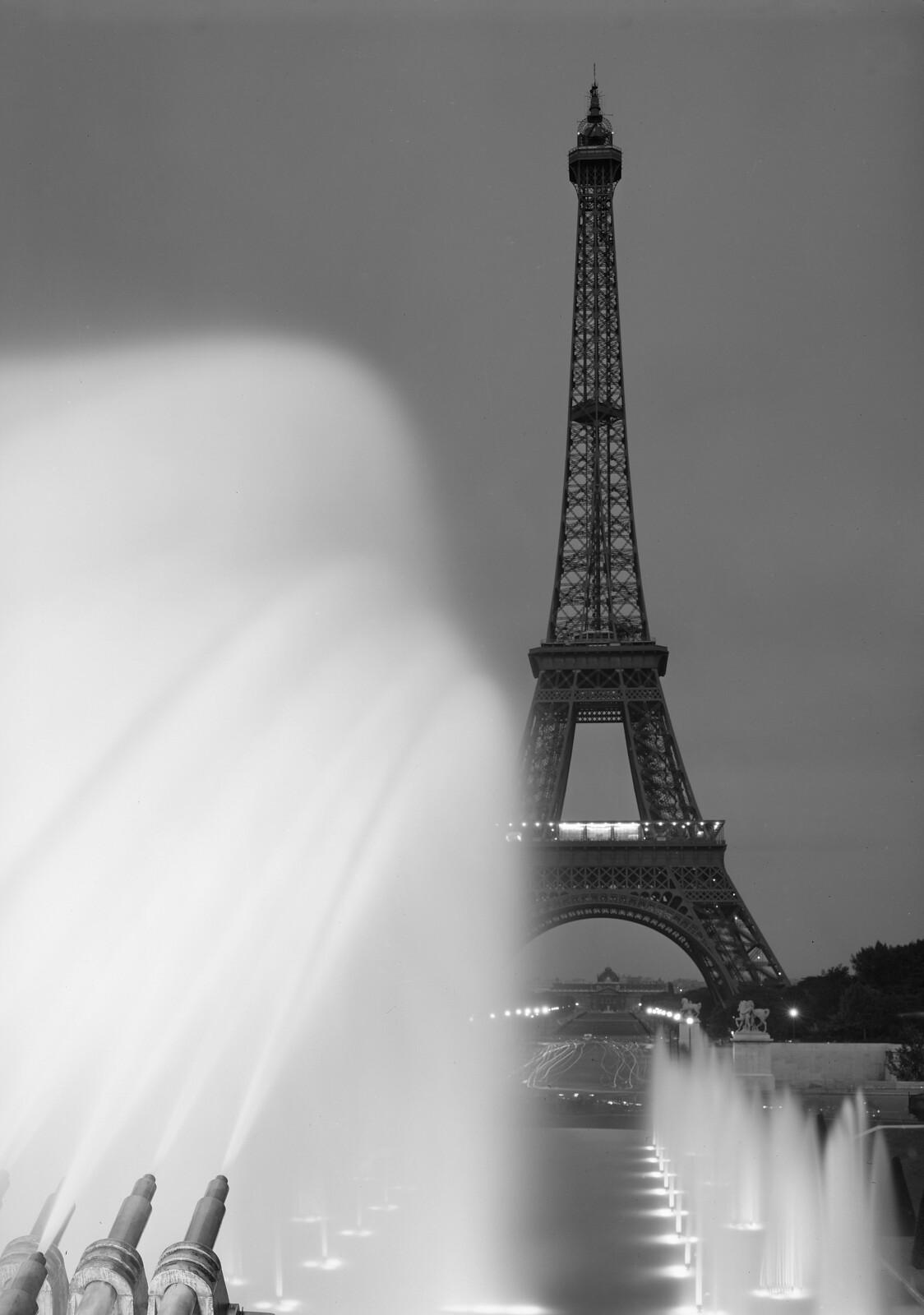 14. Вид на Эйфелеву башню от Трокадеро
