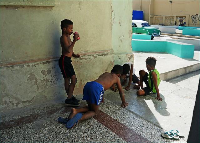 Marbles. Street games. Havana.
