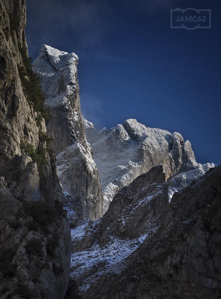Un día en el Cares II / A day in Cares gorge trail (PIcos de Europa) II