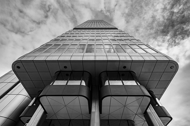 silver-tower-ffm-rkw-210118-4698-it
